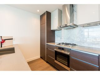 "Photo 3: 3207 4670 ASSEMBLY Way in Burnaby: Metrotown Condo for sale in ""Station Square"" (Burnaby South)  : MLS®# R2320659"