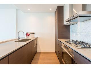 "Photo 2: 3207 4670 ASSEMBLY Way in Burnaby: Metrotown Condo for sale in ""Station Square"" (Burnaby South)  : MLS®# R2320659"