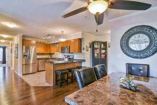 Photo 4: 107 22255 122 Avenue in Maple Ridge: West Central Condo for sale : MLS®# R2324195