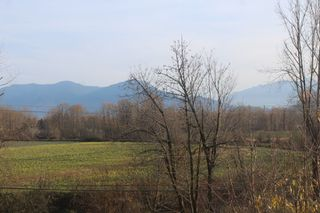 Photo 15: 8742 SUNRISE Drive in Chilliwack: Chilliwack Mountain House for sale : MLS®# R2324304