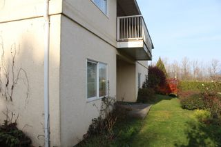 Photo 12: 8742 SUNRISE Drive in Chilliwack: Chilliwack Mountain House for sale : MLS®# R2324304