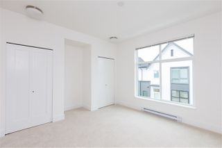 """Photo 11: 101 17568 57A Avenue in Surrey: Cloverdale BC Townhouse for sale in """"Hawthorne"""" (Cloverdale)  : MLS®# R2324757"""