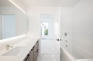 """Photo 16: 101 17568 57A Avenue in Surrey: Cloverdale BC Townhouse for sale in """"Hawthorne"""" (Cloverdale)  : MLS®# R2324757"""