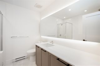 """Photo 15: 101 17568 57A Avenue in Surrey: Cloverdale BC Townhouse for sale in """"Hawthorne"""" (Cloverdale)  : MLS®# R2324757"""