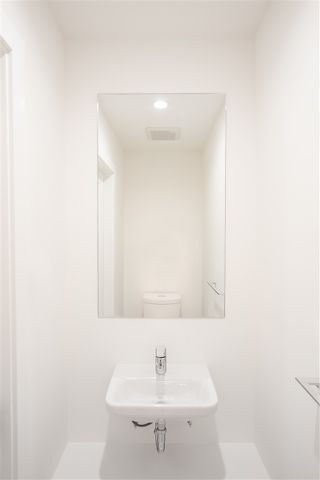 """Photo 10: 101 17568 57A Avenue in Surrey: Cloverdale BC Townhouse for sale in """"Hawthorne"""" (Cloverdale)  : MLS®# R2324757"""