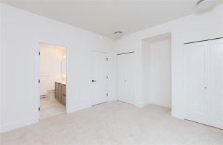 """Photo 14: 101 17568 57A Avenue in Surrey: Cloverdale BC Townhouse for sale in """"Hawthorne"""" (Cloverdale)  : MLS®# R2324757"""