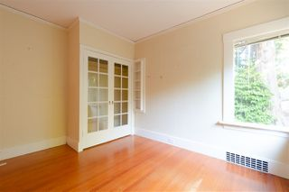 """Photo 13: 1949 W 57TH Avenue in Vancouver: S.W. Marine House for sale in """"SW Marine"""" (Vancouver West)  : MLS®# R2326410"""