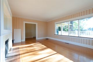 """Photo 6: 1949 W 57TH Avenue in Vancouver: S.W. Marine House for sale in """"SW Marine"""" (Vancouver West)  : MLS®# R2326410"""
