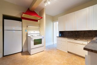 """Photo 10: 1949 W 57TH Avenue in Vancouver: S.W. Marine House for sale in """"SW Marine"""" (Vancouver West)  : MLS®# R2326410"""