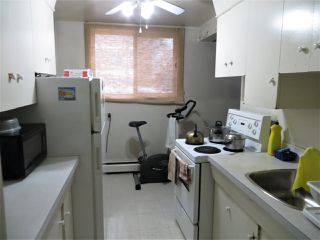 Photo 2: 5 10230 122 Street in Edmonton: Zone 12 Condo for sale : MLS®# E4138838