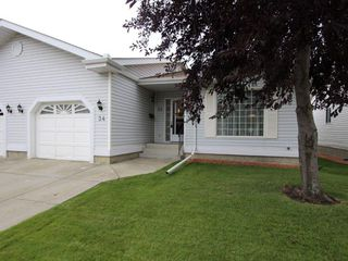 Main Photo: 34 9704 165 Street in Edmonton: Zone 22 House Half Duplex for sale : MLS®# E4139250