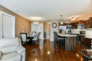 Main Photo: 501 22318 LOUGHEED Highway in Maple Ridge: West Central Condo for sale : MLS®# R2329734