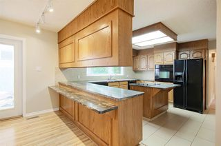Photo 8: 70 WAKINA Drive in Edmonton: Zone 22 House for sale : MLS®# E4140334
