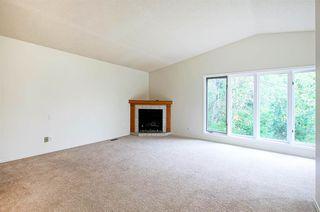 Photo 12: 70 WAKINA Drive in Edmonton: Zone 22 House for sale : MLS®# E4140334