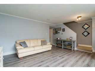 Photo 4: 32401 GREBE Crescent in Mission: Mission BC House 1/2 Duplex for sale : MLS®# R2335806