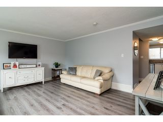 Photo 5: 32401 GREBE Crescent in Mission: Mission BC House 1/2 Duplex for sale : MLS®# R2335806