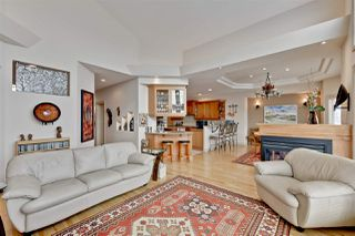 Photo 7: 994 HOLLINGSWORTH Bend in Edmonton: Zone 14 House for sale : MLS®# E4143197
