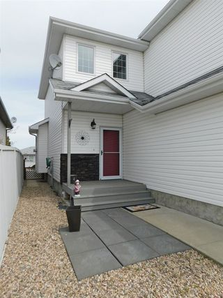Photo 2: 5222 40 Avenue: Gibbons House for sale : MLS®# E4144284