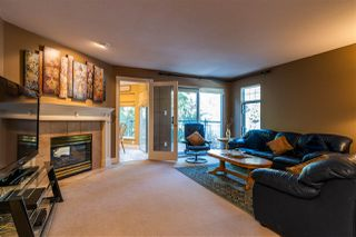 "Photo 4: 1057 STRATHAVEN Drive in North Vancouver: Northlands Townhouse for sale in ""STRATHAVEN"" : MLS®# R2345363"