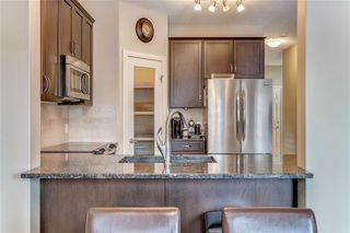 Photo 10: 64 EVERHOLLOW Street SW in Calgary: Evergreen Detached for sale : MLS®# C4225108
