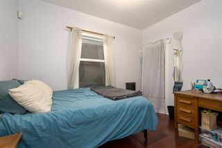 """Photo 9: 266 E 26TH Avenue in Vancouver: Main House for sale in """"MAIN STREET"""" (Vancouver East)  : MLS®# R2358788"""