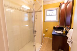 Photo 8: 406 EIGHTH Avenue in New Westminster: GlenBrooke North House for sale : MLS®# R2360124