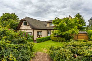 Photo 2: 20049 50 Avenue in Langley: Langley City House for sale : MLS®# R2369915