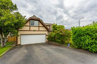 Photo 1: 20049 50 Avenue in Langley: Langley City House for sale : MLS®# R2369915