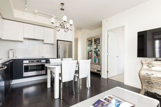Photo 3: 2602 6333 SILVER Avenue in Burnaby: Metrotown Condo for sale (Burnaby South)  : MLS®# R2370321