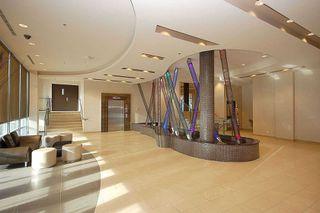 Main Photo: 4706 50 S Absolute Avenue in Mississauga: City Centre Condo for sale : MLS®# W4454814