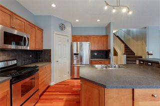 Photo 3: 62 HIDDEN CREEK Heights NW in Calgary: Hidden Valley Detached for sale : MLS®# C4247493