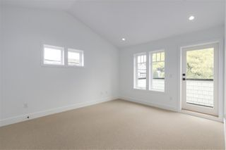 Photo 10: 2049 W 15TH Avenue in Vancouver: Kitsilano House 1/2 Duplex for sale (Vancouver West)  : MLS®# R2404140