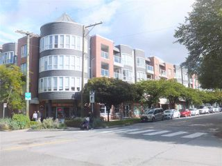 Main Photo: 309 789 W 16TH Avenue in Vancouver: Fairview VW Condo for sale (Vancouver West)  : MLS®# R2412153