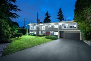 Main Photo: 802 CRESTWOOD Drive in Coquitlam: Harbour Chines House for sale : MLS®# R2414824