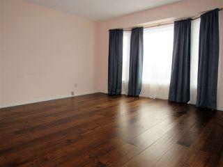 Photo 2: 1920 108 Street in Edmonton: Zone 16 House for sale : MLS®# E4179799