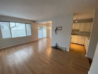 Photo 4: 137 CALLINGWOOD Place in Edmonton: Zone 20 Townhouse for sale : MLS®# E4188418