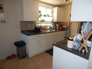 Photo 3: 12A CLAREVIEW Village in Edmonton: Zone 35 Townhouse for sale : MLS®# E4193872