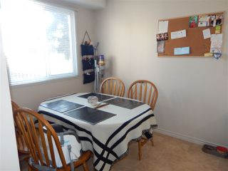 Photo 4: 12A CLAREVIEW Village in Edmonton: Zone 35 Townhouse for sale : MLS®# E4193872