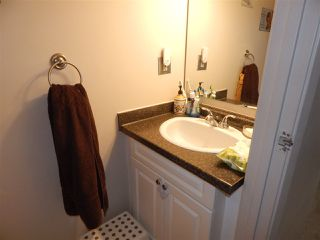Photo 11: 12A CLAREVIEW Village in Edmonton: Zone 35 Townhouse for sale : MLS®# E4193872