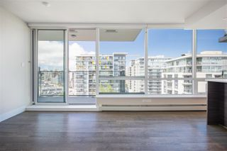 "Photo 15: 1406 1783 MANITOBA Street in Vancouver: False Creek Condo for sale in ""Residences at West"" (Vancouver West)  : MLS®# R2457734"