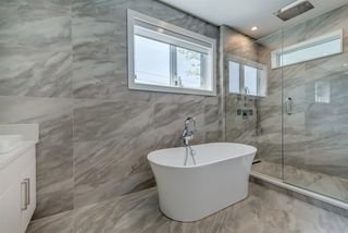 "Photo 13: 6977 RALEIGH Street in Vancouver: Killarney VE House for sale in ""Killarney"" (Vancouver East)  : MLS®# R2468200"