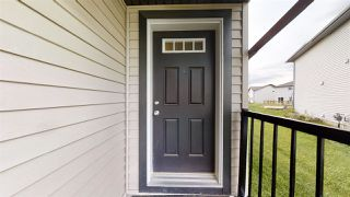 Photo 2: 3320 9 Street in Edmonton: Zone 30 House Half Duplex for sale : MLS®# E4206789