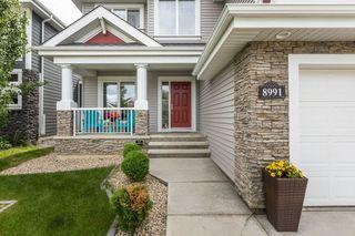 Photo 2: 8991 24 Avenue in Edmonton: Zone 53 House for sale : MLS®# E4207738