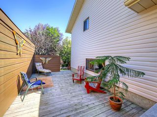 Photo 9: 8 CEDARGROVE Way SW in Calgary: Cedarbrae Detached for sale : MLS®# A1025701