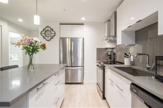 """Photo 4: 429 723 W 3RD Street in North Vancouver: Harbourside Condo for sale in """"The Shore"""" : MLS®# R2491659"""