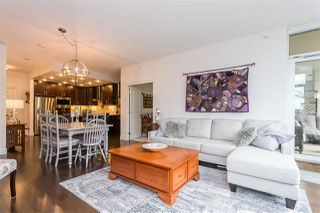 """Photo 3: 703 2950 PANORAMA Drive in Coquitlam: Westwood Plateau Condo for sale in """"Cascade"""" : MLS®# R2524372"""