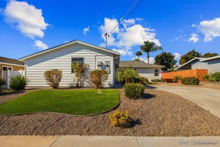 Photo 5: SAN DIEGO House for sale : 4 bedrooms : 2522 Meadow Lark Drive in Diego