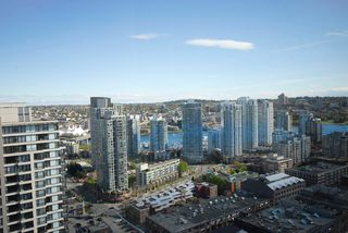 """Photo 11: 3306 939 HOMER Street in Vancouver: VVWYA Condo for sale in """"PINNACLE"""" (Vancouver West)  : MLS®# V886499"""