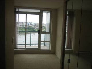 """Photo 32: 3306 939 HOMER Street in Vancouver: VVWYA Condo for sale in """"PINNACLE"""" (Vancouver West)  : MLS®# V886499"""