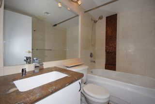 """Photo 3: 3306 939 HOMER Street in Vancouver: VVWYA Condo for sale in """"PINNACLE"""" (Vancouver West)  : MLS®# V886499"""